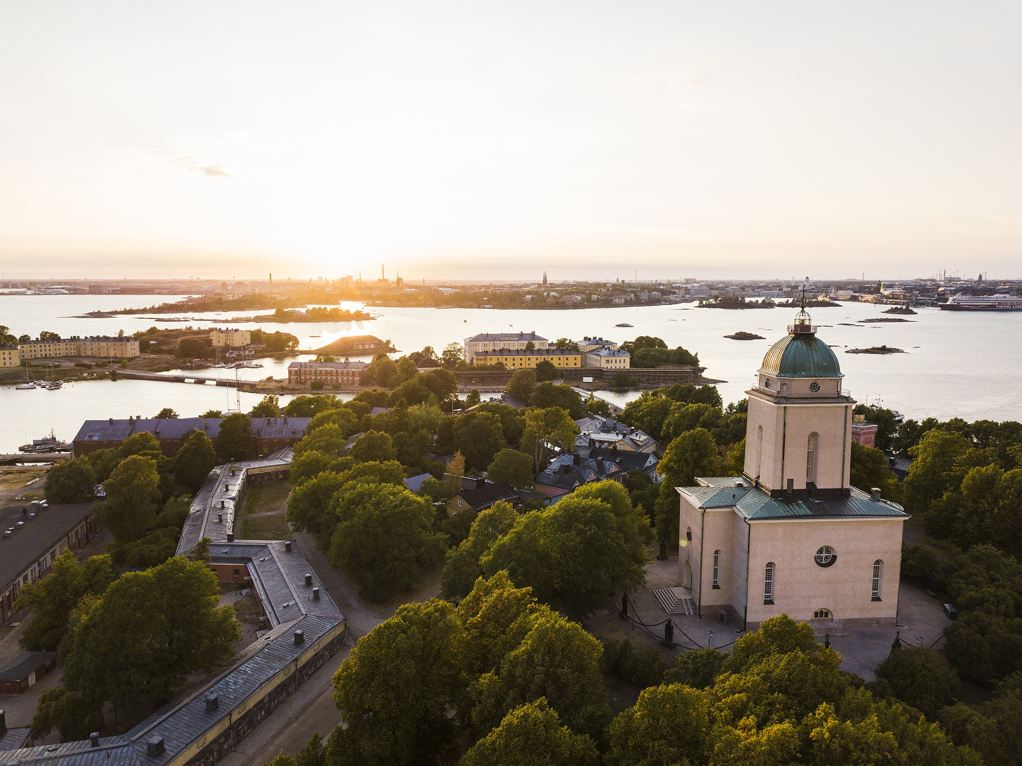 Sunset in Suomenlinna fortress island in Helsinki